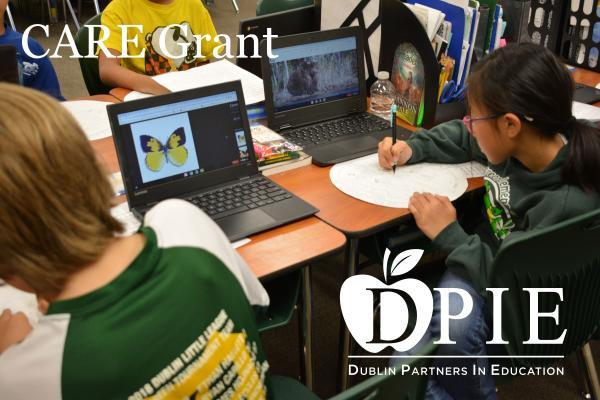 Students on Chrome Books at Green Elementary